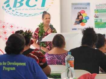 Ina Herrmann opening the PSHLP Cook Islands future development workshop.